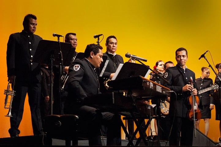 orquesta-mando-unicoteatro-ocampo-01